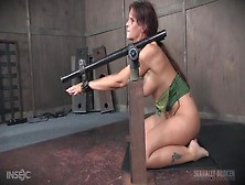 Mouth Fucking His Prisoner In The Dungeon