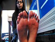 Desi College Girl Shows Her Feet In Public