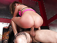 Asstastic Brunette Lady Jenna Haze Takes Big Dick For A Steamy R