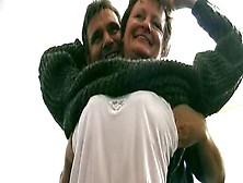 Una Zoccola Sposata Tedesca Si Fa Fare Un Ditalino