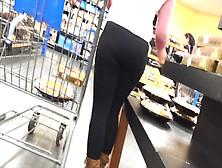 Milf Nalgonas At Wal Mart