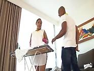 Empregada Casada Fodendo Com Amante E O Filho Dele