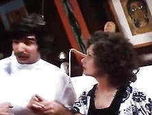 Linda Lovelace,  Harry Reems In 70S Porn Brunette Gives Deep Blow