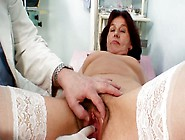 Quaggy Granny Linda Gets Her Grey-Haired Muf Finger Fucked