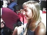 Sophie Evans Spettacolo Dal Vivo Scopata Da Tony Ribas