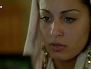 Hiba Abouk Desnuda En El Principe Cámara De Seguridad