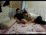 The Vietnam University Teacher Lust With His Student On Cam - P,