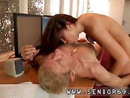 Old Mature Cum In Mouth Anna Has A Cleaning Job At A Local Compa