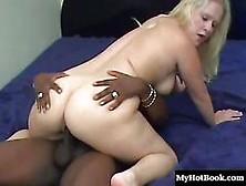 Samantha Foxx