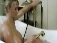 Sex Video Bea Flora In Bathtub