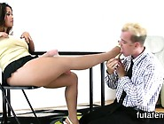 Teenies Drill Men Anal Hole With Huge Strapons And Burst Jui