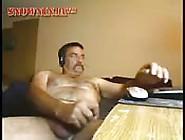 Daddy Webcammer Masturbates