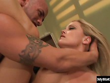 Alexis Texas Is A Horny Blonde Who Loves To Ride C