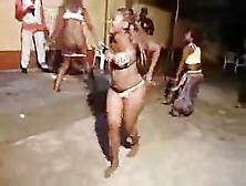 Unubian mapouka sexy khanga