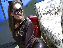 Catwoman Fucked By Batman And Rabin