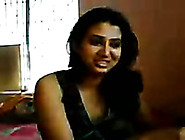 Joyful Amateur Desi Girlfriend Is Seduced For A Quickie In My Be