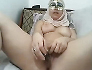 Kinky And Curvaceous Young Arab Tramp Masturbates On Webcam