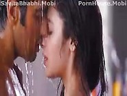 Alia Bhatt And Arjun Kiss In 2 States (Savitabhabhi. Mobi)