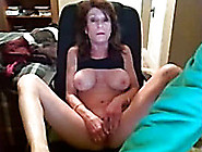 Kinky Dark-Haired Mom Plays With Her Shaved Cunt In Webcam Solo