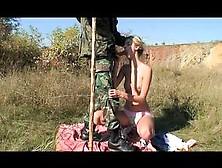 Una Bionda Sexy Scopata Nella Foresta