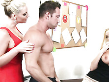Phoenix Marie And Summer Brielle In Threesome Sex Action