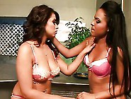 Toying Lesbians Pepper Foxxx And Victoria Sweet Want To Cum Toge