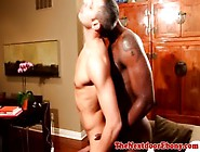 Strong Muscled Ebony Kisses And Sucks And Rims White Bloke