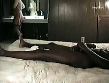 Cuckold Housewife Entertaining A Well Hung Black Bull Stud Inter