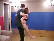 Lusa Beautiful Girl Lift Carry