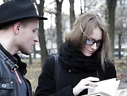 Live Cams - Sharing Love For Books And Sex