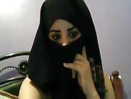 Holy Fuck Arabic Bitch Masturbating