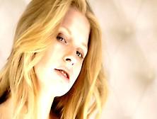 Avril - Blonde - Solo