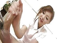 Un Massaggio Giapponese Al Cazzo
