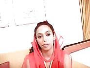 A Garota Árabe E Negra Do Harém