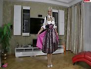 Amy Starr-Dirndl Fickprobe
