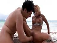 Scopata Sensazionale In Spiaggia