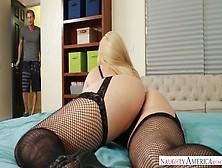 Captivating Blonde Aj Applegate Is Fond Of Big Hard Dick