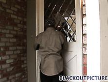 Cherokee et son norme cul de black se fait dfoncer