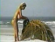 000 Busty Dusty ( Bij De Pier ) Mpeg1Video. Mpg