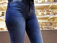 Hot Girl's Ass In Tight Jeans