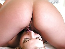 2 Girls Loves To Rub Their Butt And Pussy In Eachothers Face