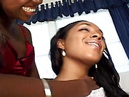 Couple Ebony Lesbo Hoodrats Having Porn