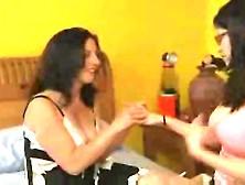 Melissa Monet And Evie Delatosso Scena