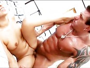 Sexy Latina Amater Gets A Big Facial