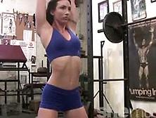 Wenona Flexible Sexy