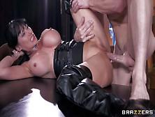 Eva Karera Is A Sex Obsessed
