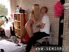Amateur Threesome Blowjob Rimming This Would Not Score Highly Hi