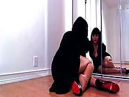 Porn Dominant Diva Teasing In Shiny Pantyhose