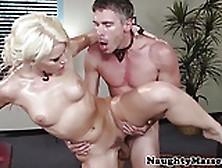 Massage Babe Anikka Albrite Pussyfucked