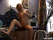 Charming All Natural Amateur Blondie Goes Solo To Pet Honey Cunt